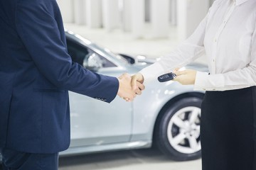 """新能源车迎来发展""""黄金期"""",购车请来掌上生活""""小招看车团"""""""
